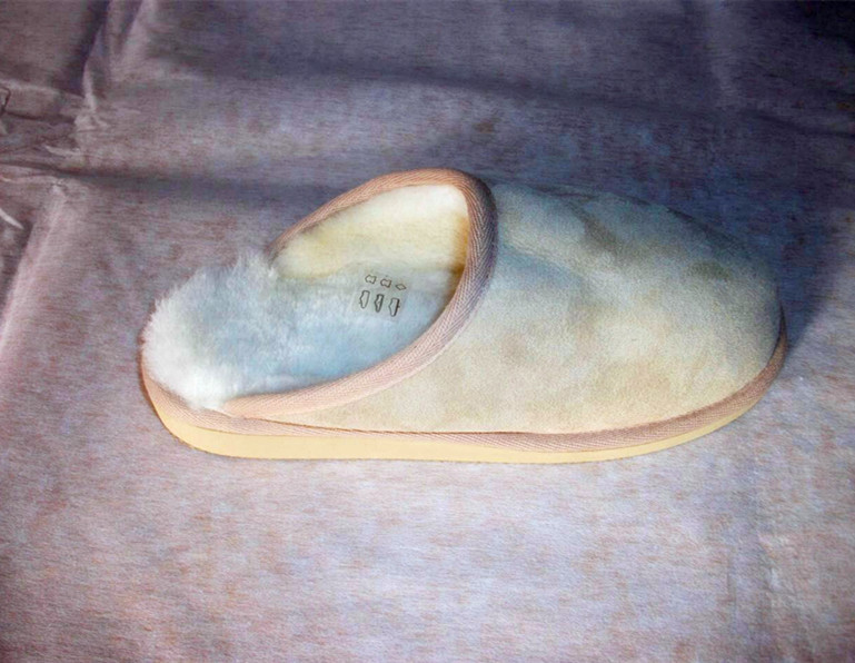 sheepskin/lambskin slippers Malta